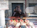 Even chickens are cooler in Paris