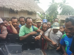 Locals in PNG getting lessons on gemstone hunting