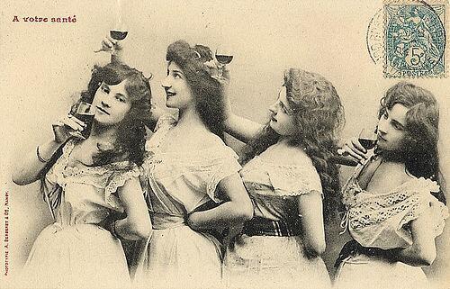 great-wine-images-vintage-ladies-drinking-wine